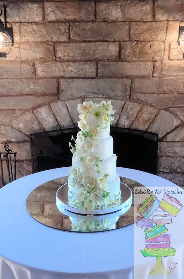 Floral And Ivy Leaves 4 Tier White Wedding Cake ...