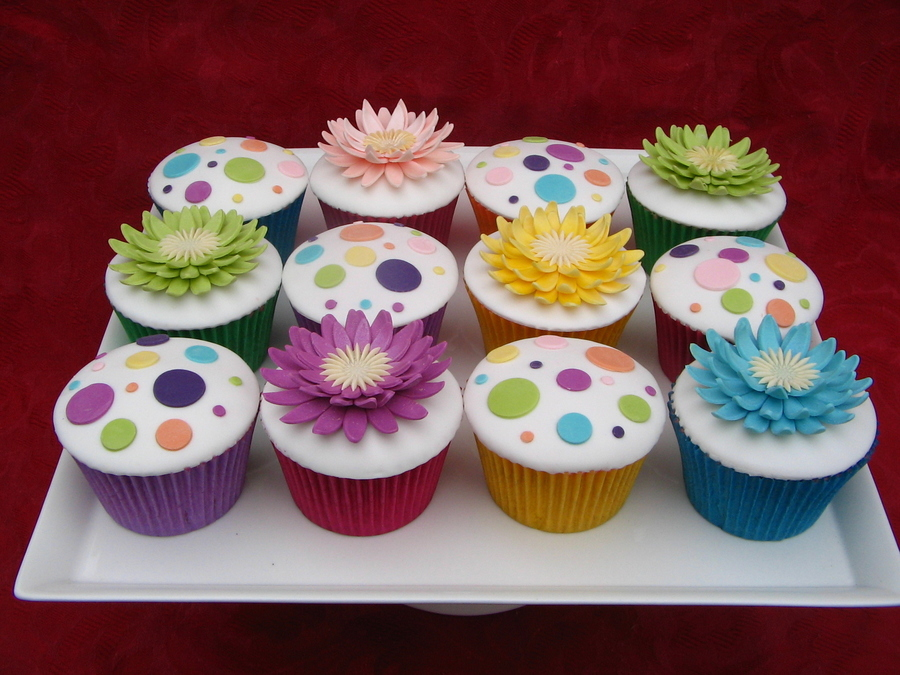 Colourful Cupcakes on Cake Central