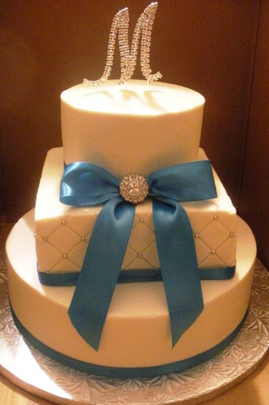 malibu blue ribbon wedding cake. Black Bedroom Furniture Sets. Home Design Ideas