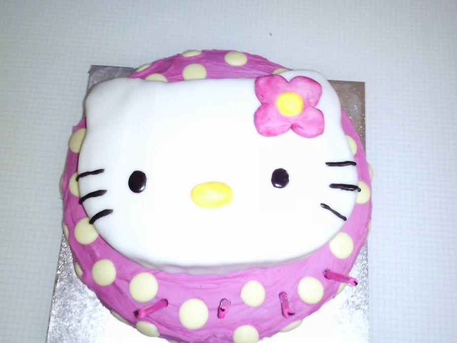 Cake Hello Kitty Pink : Pink Hello Kitty Girls Birthday Cake - CakeCentral.com