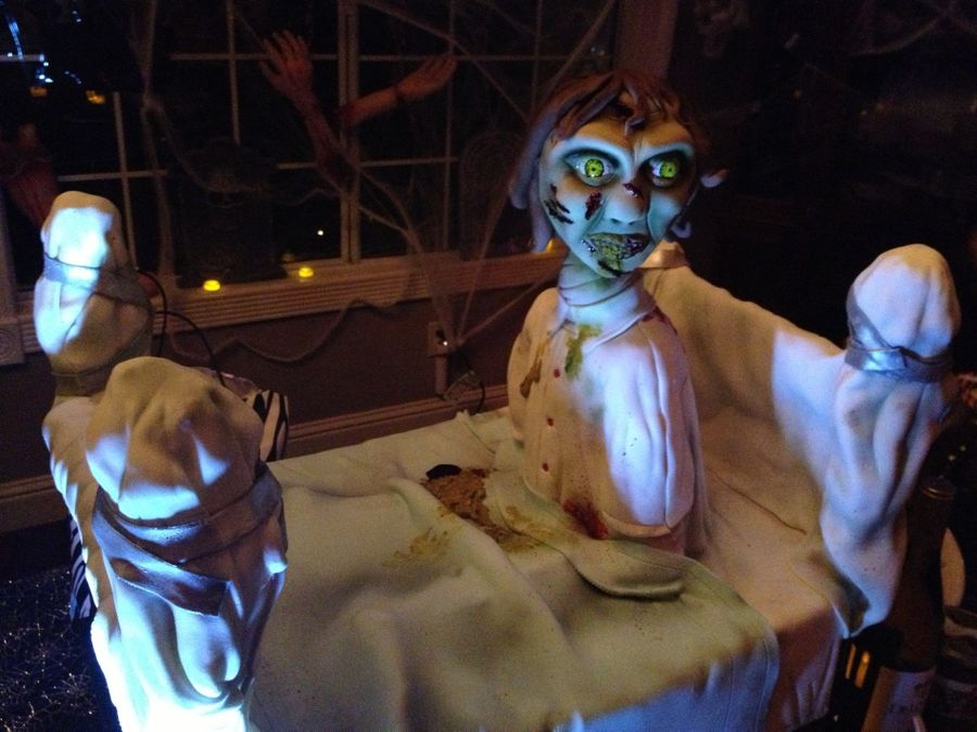 Exorcist Cake With Spinning Head! on Cake Central