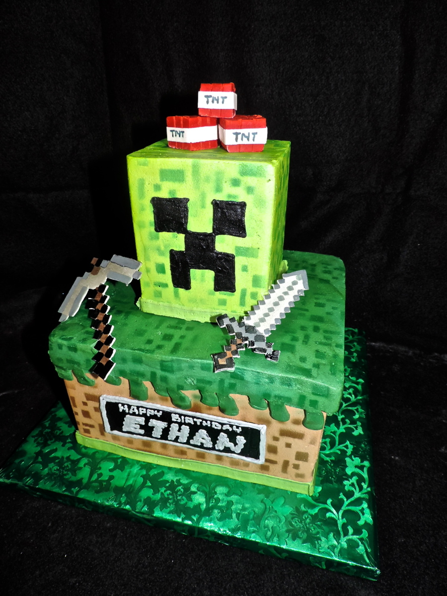 Pictures Of Minecraft Cakes