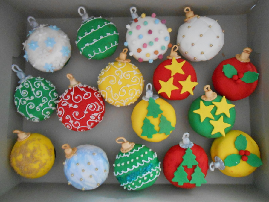 Christmas Ornament Cupcakes on Cake Central
