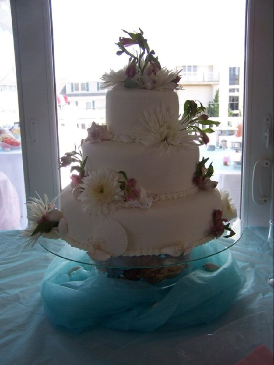 Beach Theme Wedding  on Cake Central