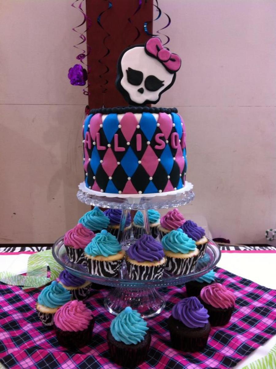 Monster High Birthday Cake Amp Cupcakes For Allison