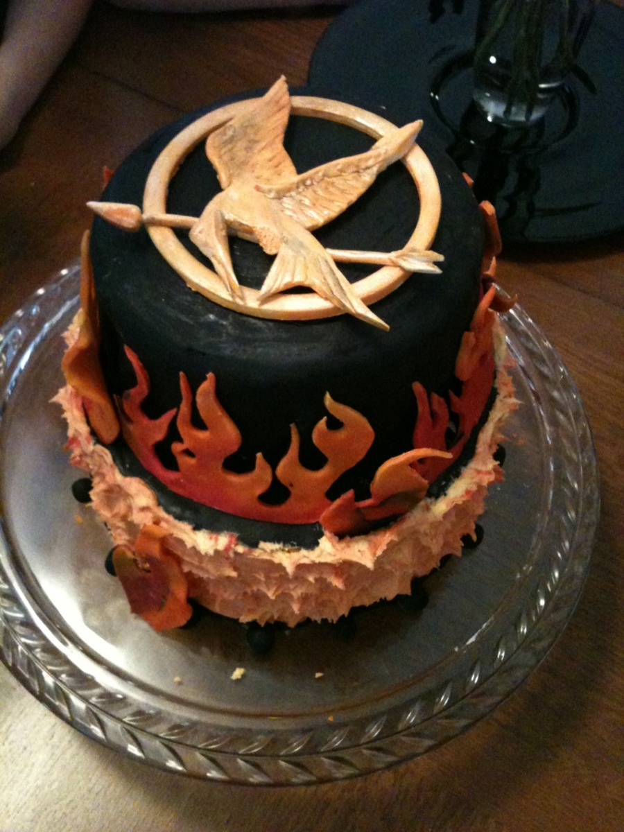 Astounding Hunger Games Inspired Birthday Cake The Pin Is Gum Paste Flames Funny Birthday Cards Online Elaedamsfinfo