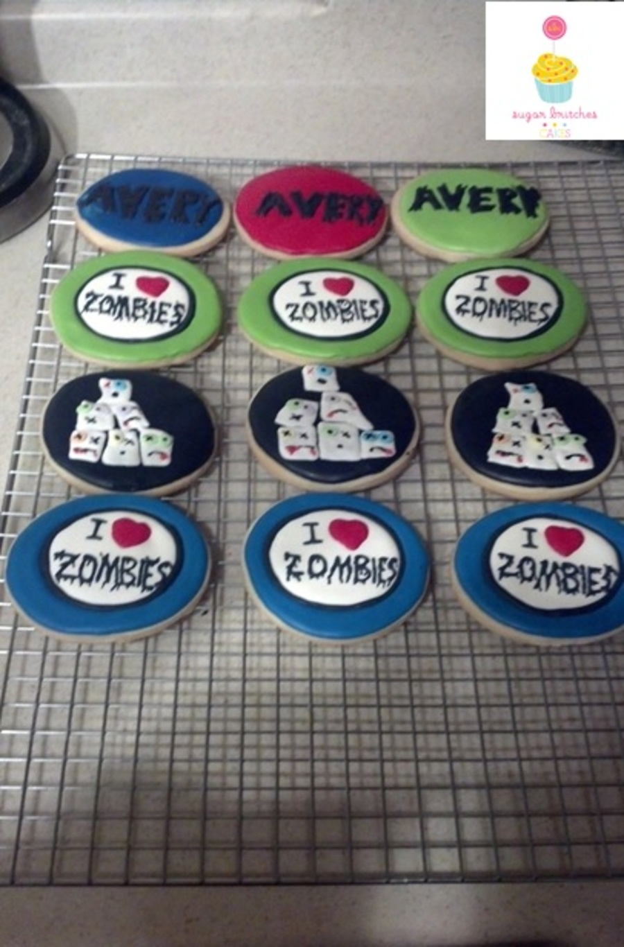 Zombiee Cookies on Cake Central