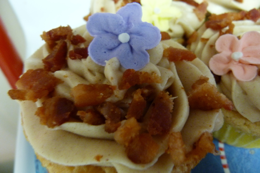 Maple Cupcake With Maple Bacon Buttercream on Cake Central