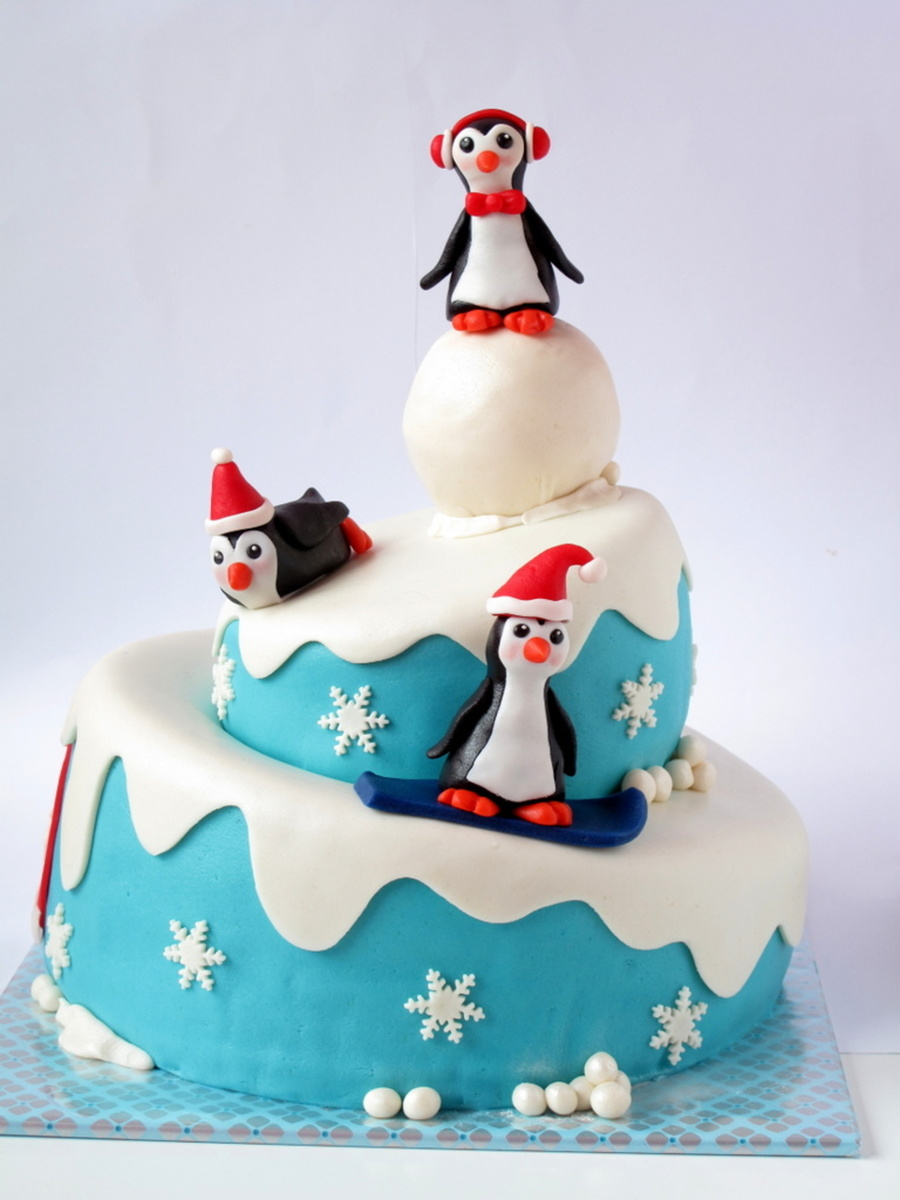 Pinguin Cake on Cake Central