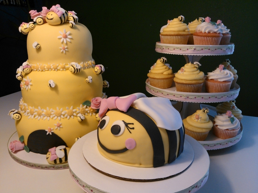 Beehive Madness on Cake Central