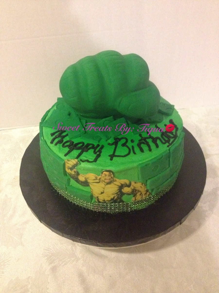 Birthday Cake For A Very Special Person Who Loves The Hulk The Idea
