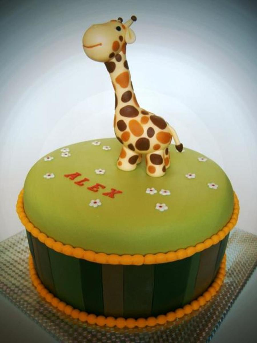 Giraffe on Cake Central