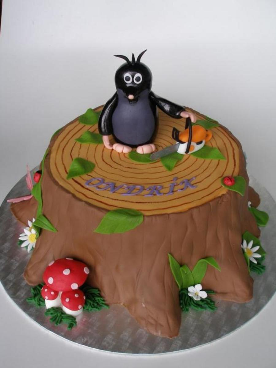 Little Mole On The Stump on Cake Central