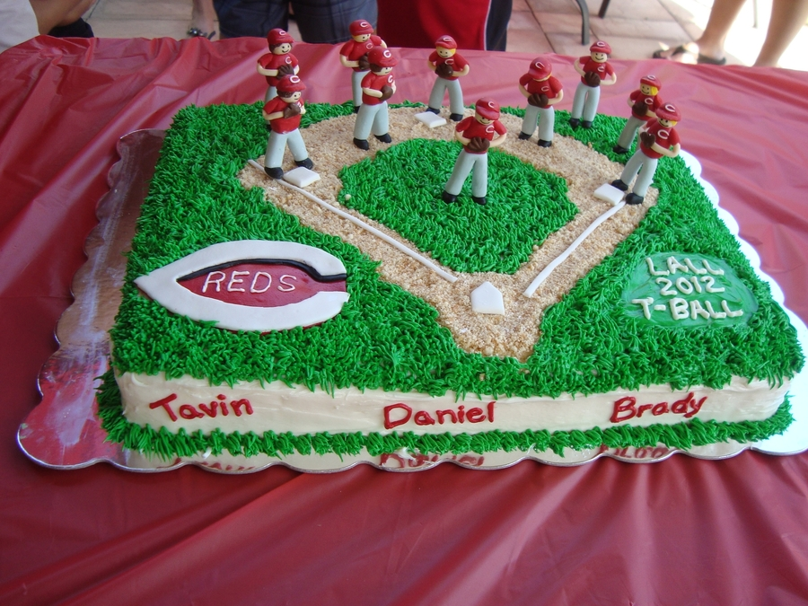 T-Ball Baseball Field Cake  on Cake Central