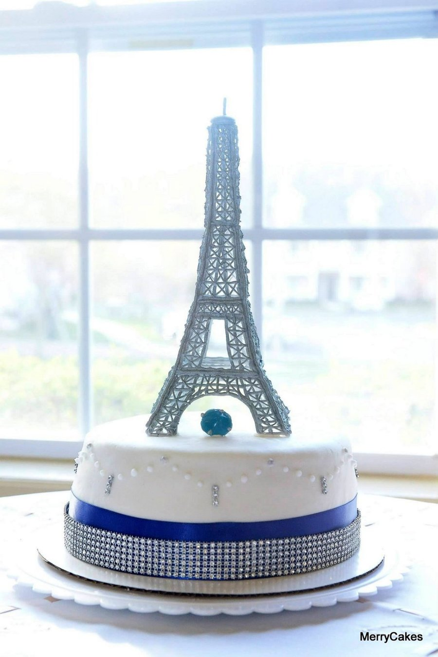 Parisian Bling Eiffel Tower Cake Cakecentral Com