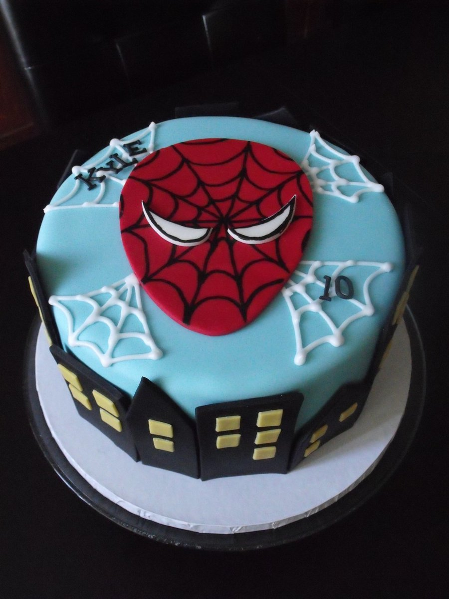 Spiderman Cityscape on Cake Central
