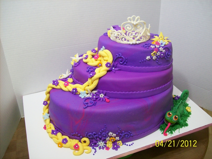 Admirable Tangled Birthday Cake Cakecentral Com Funny Birthday Cards Online Overcheapnameinfo