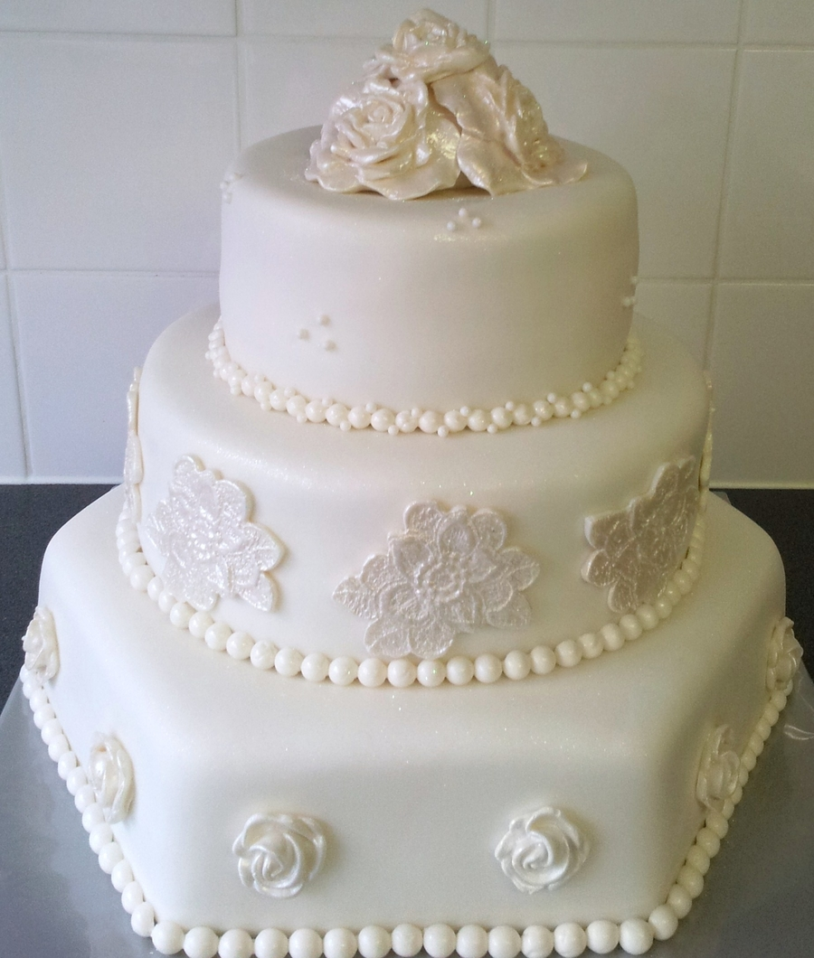 All In White And Sparkles on Cake Central