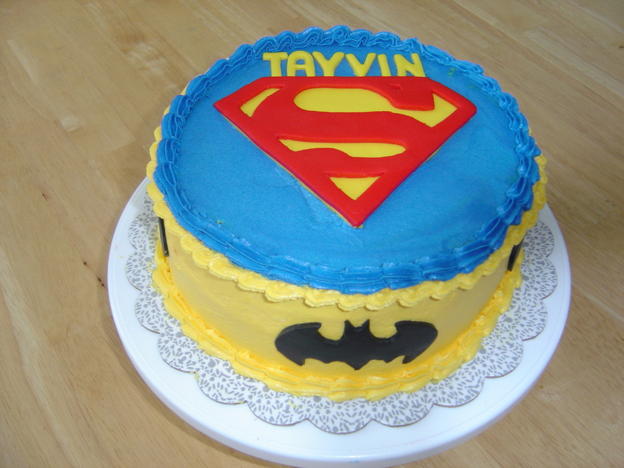Super Hero  on Cake Central