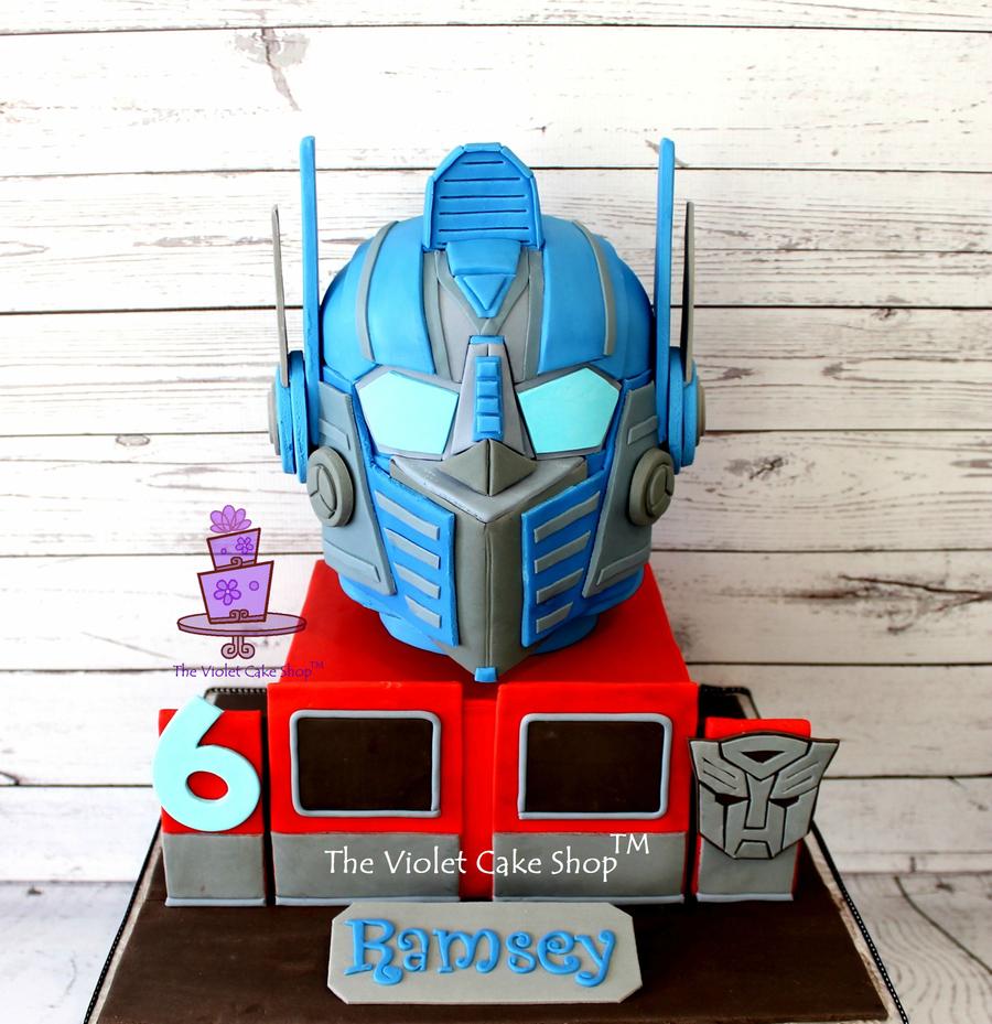 Transformers Optimus Prime 3d Helmet Cake Cakecentral Com