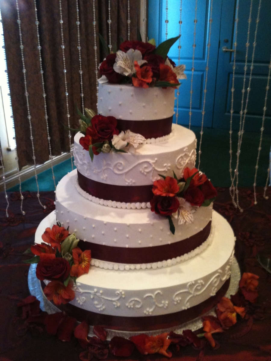 burgundy wedding cakes burgundy wedding cake cakecentral 12246
