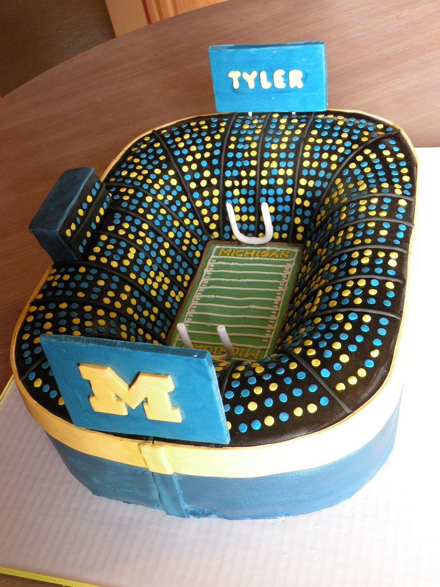 Michigan Stadium Cakecentral Com