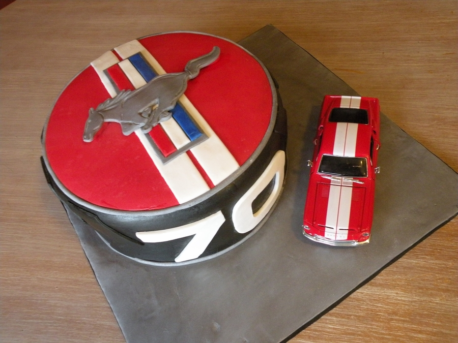 Ford Mustang Birthday Cake Cakecentral Com