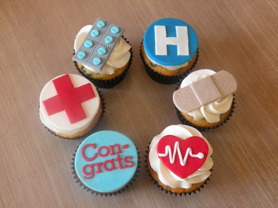 Medical-Themed Cupcakes on Cake Central