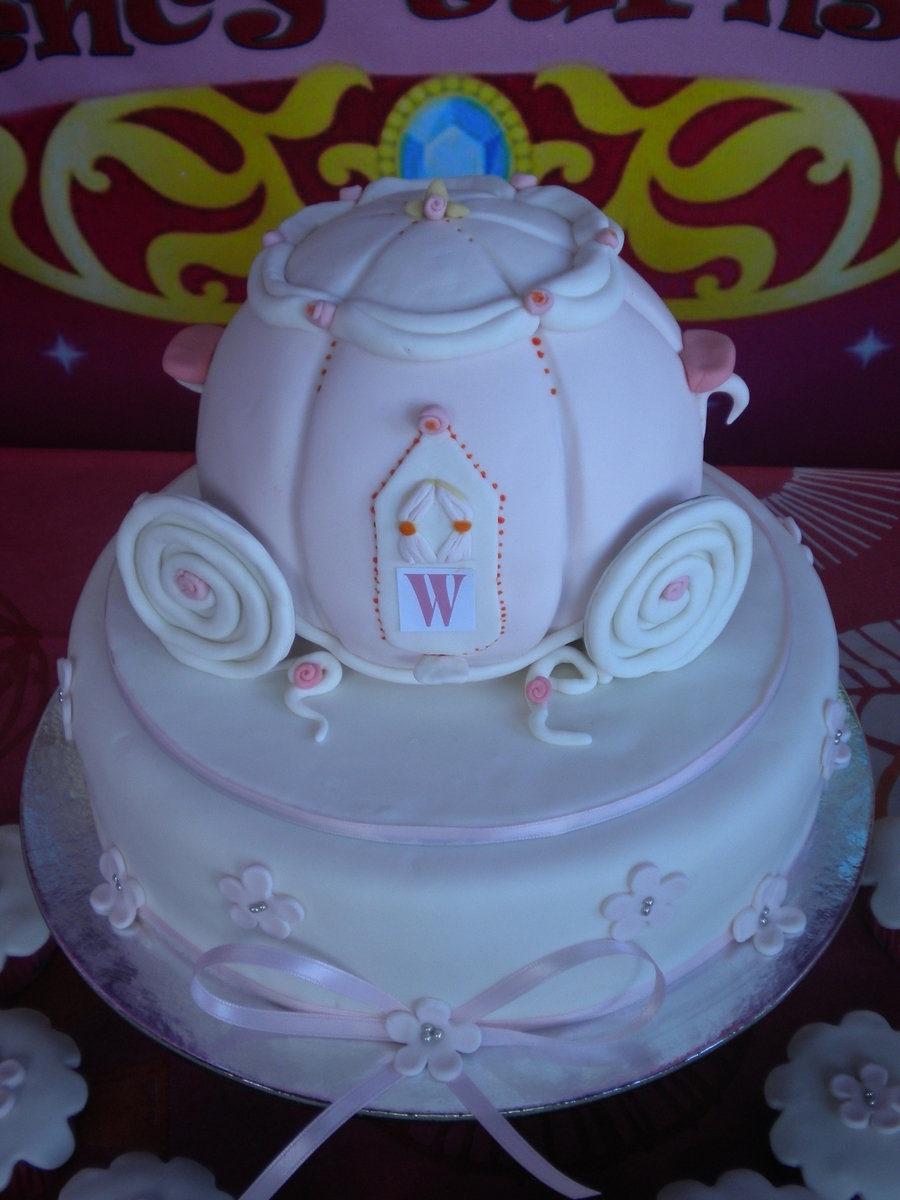 Cinderella's Carriage Cake on Cake Central