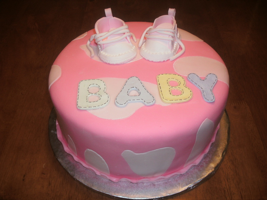 Baby Converse on Cake Central