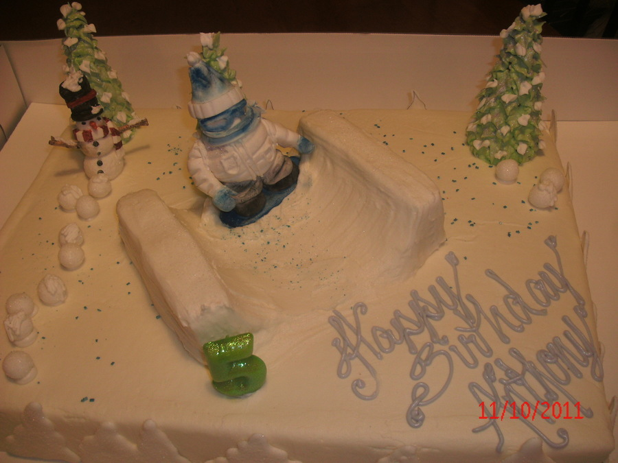 Snowboarder on Cake Central