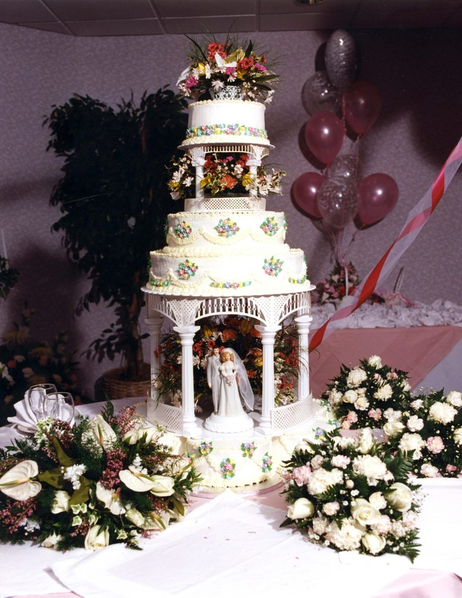 Gazebo Wedding Cake on Cake Central