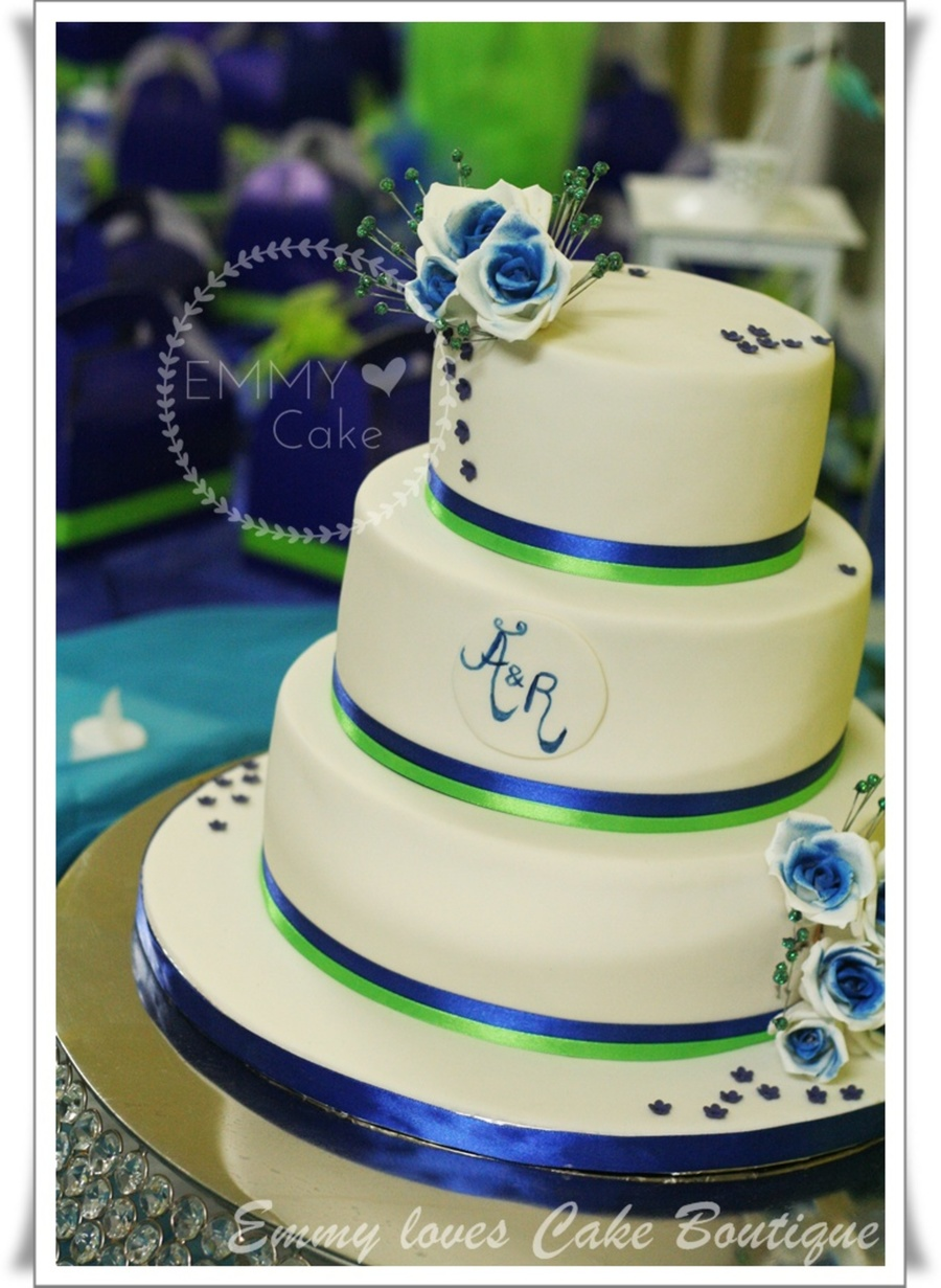 White, Royal Blue And Lime Green Details On The Wedding Cake ...