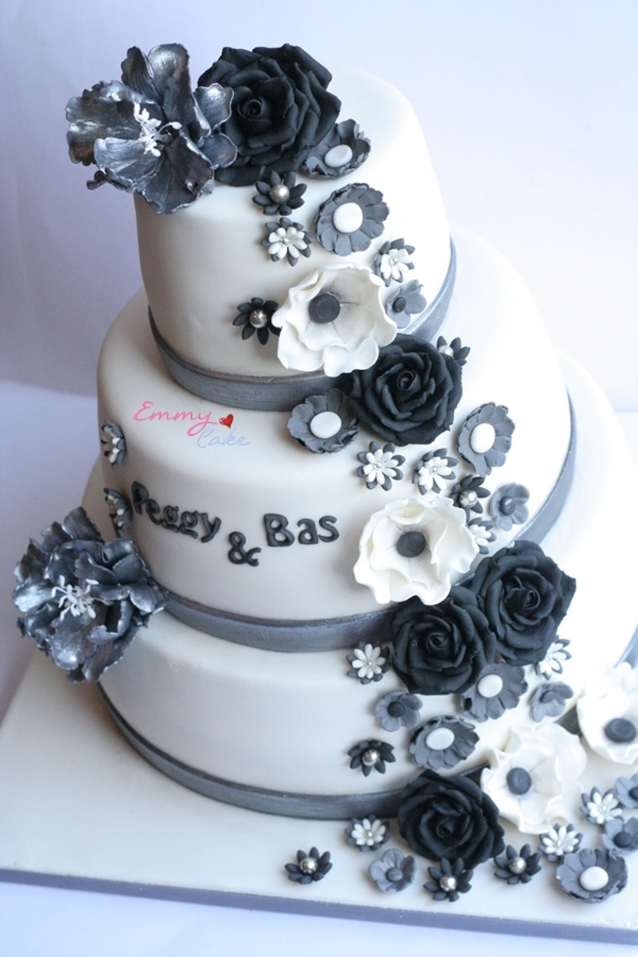 Black Grey And White Flowers Wedding Cake Cakecentral