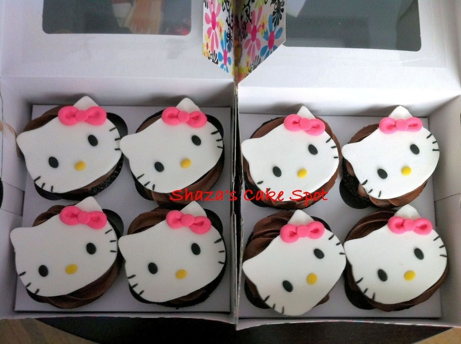 Hello Kitty Cupcake  on Cake Central