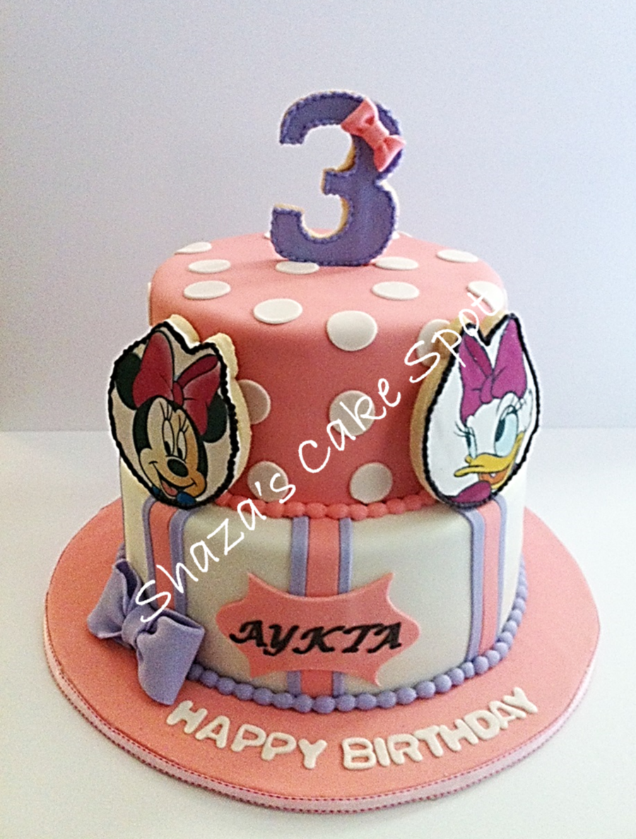 Minnie Mouse And Daisy Duck - Birthday Cake - CakeCentral.com