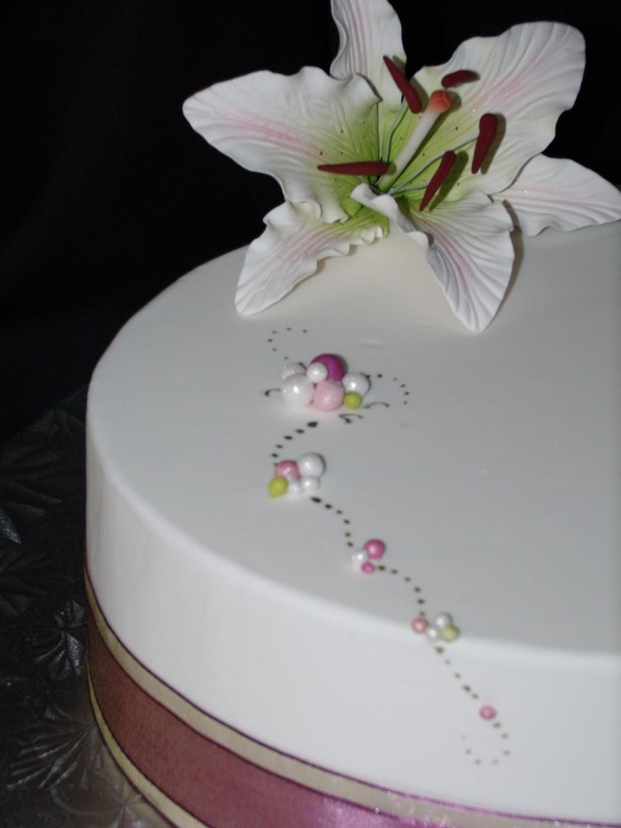 Oval Lily Birthday Cake CakeCentralcom