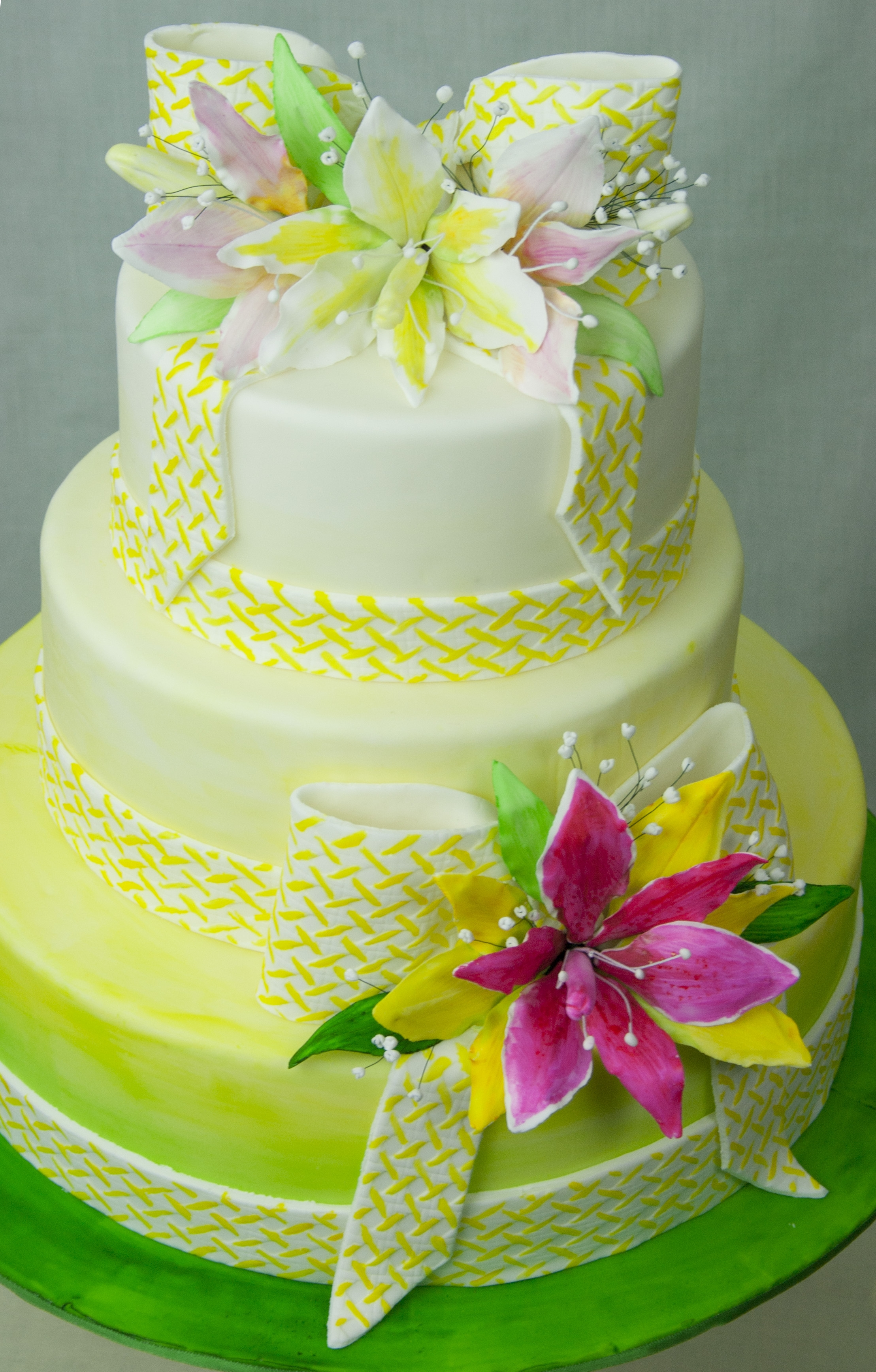 Wedding Cake That I Made For The Cake Central Magazine April Issue ...