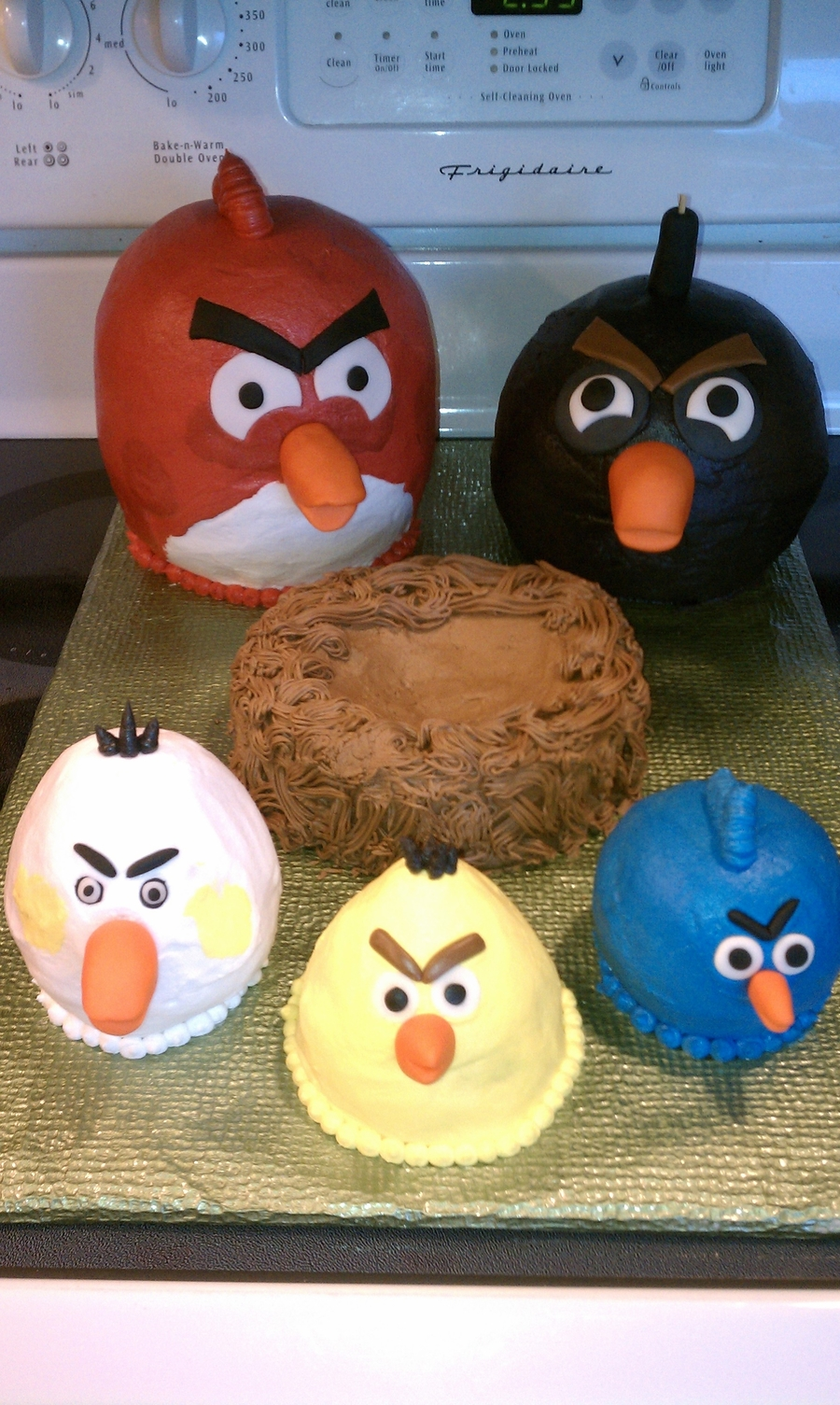 Angry Birds For A 4 Year Old's Birthday! on Cake Central
