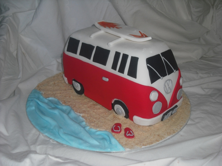 Kombi Van on Cake Central