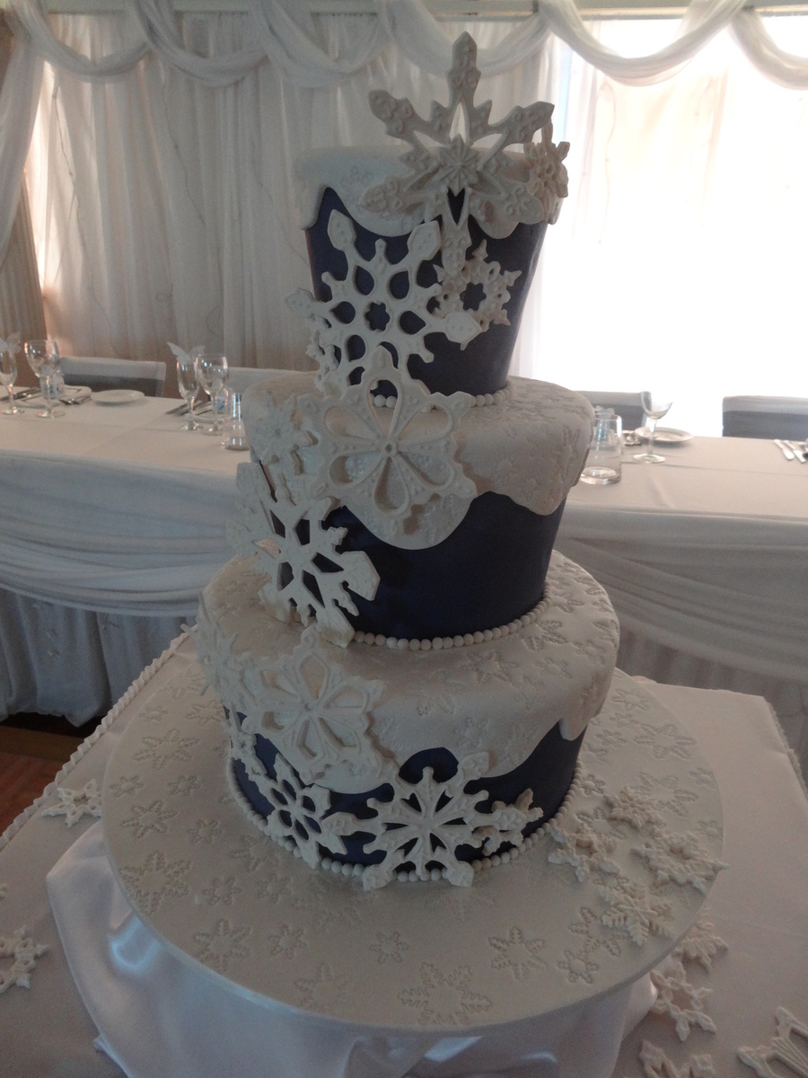 Snowflake Wedding Cake Navy Blue Fondant And White On Top Snowflakes