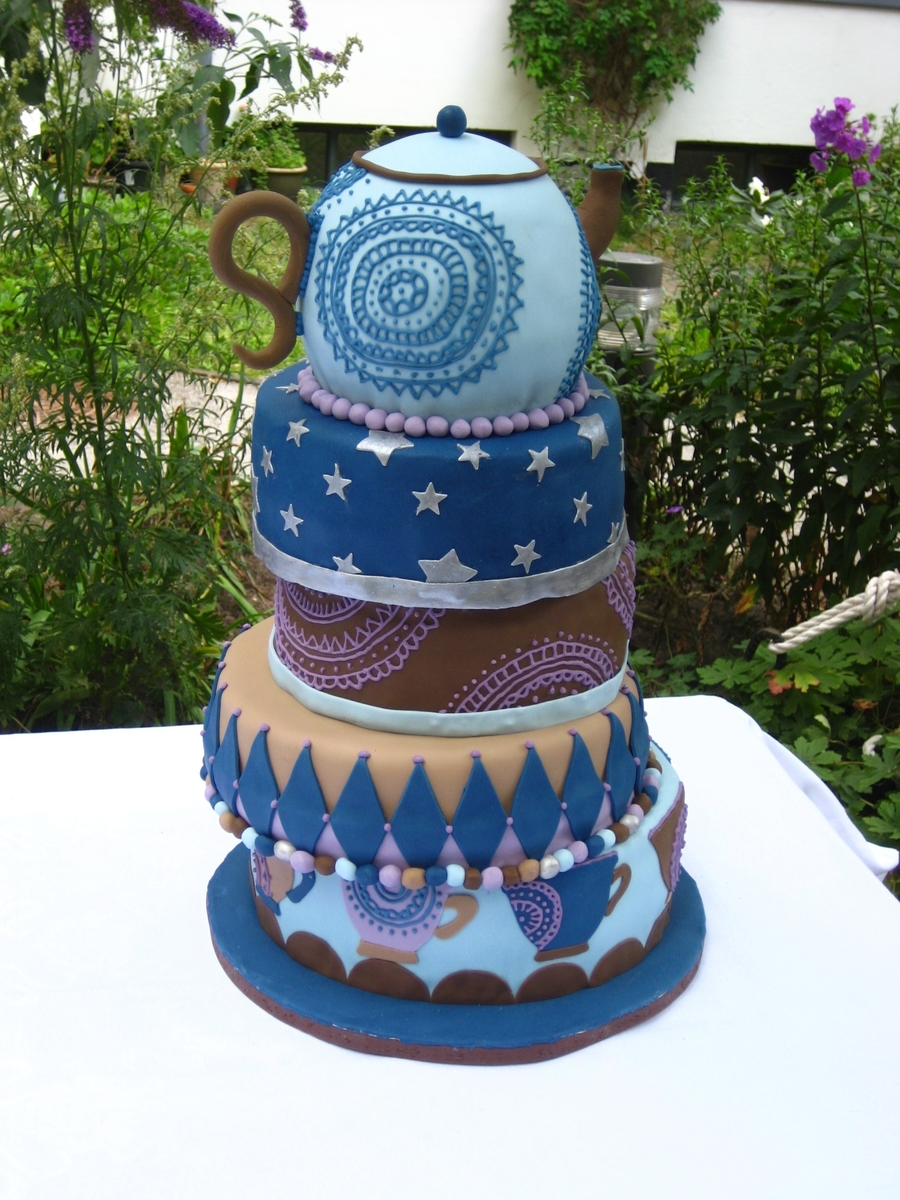 quirky wedding cakes wedding cake cakecentral 18942