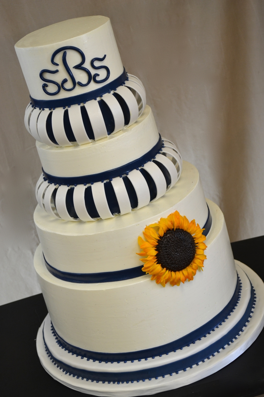 Arched Navy Blue And Sunflowers on Cake Central