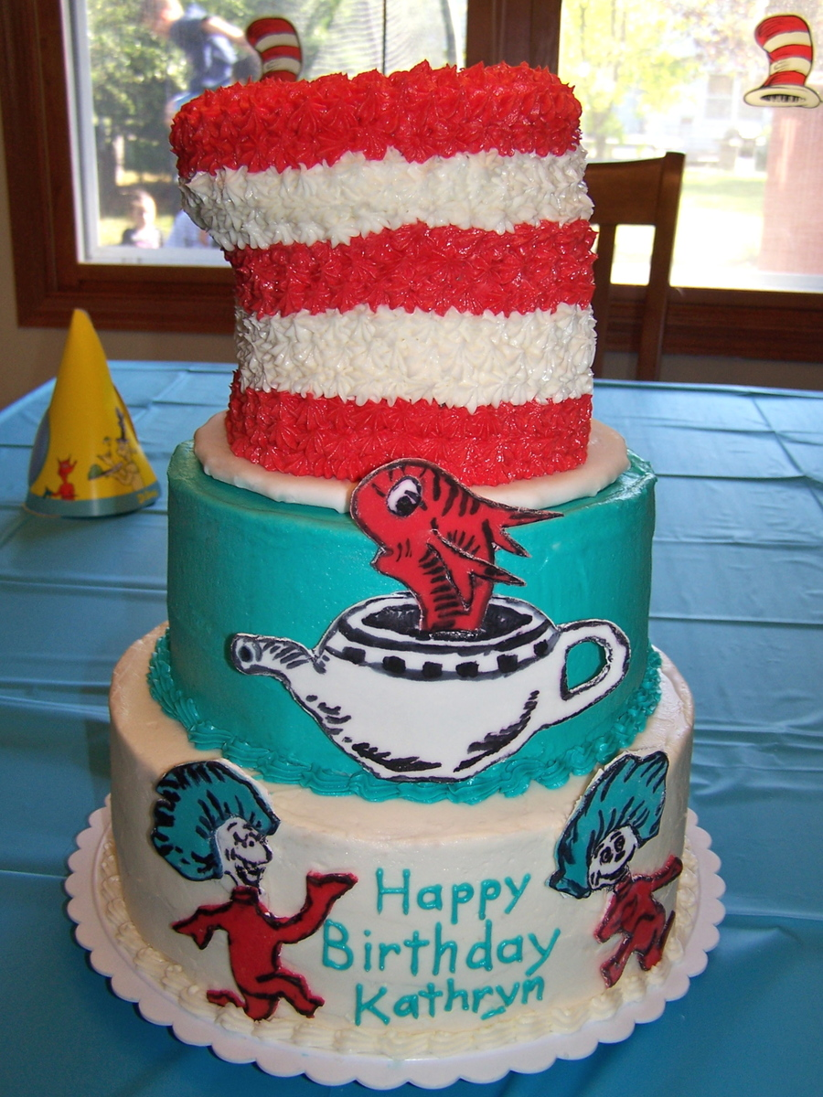 My Friend Was Having A Big First Birthday Party For Her Daughter With Dr Seuss Cat In The Hat Theme This Is What I Came Up