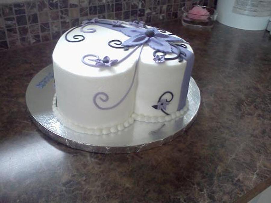Cake Decorations Heart Shaped : Heart Shaped Birthday Cake Buttercream With Fondant ...