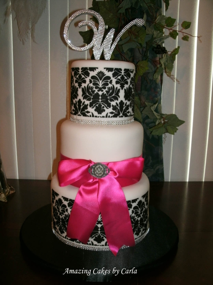 Black And White Demask With Pink Bow on Cake Central