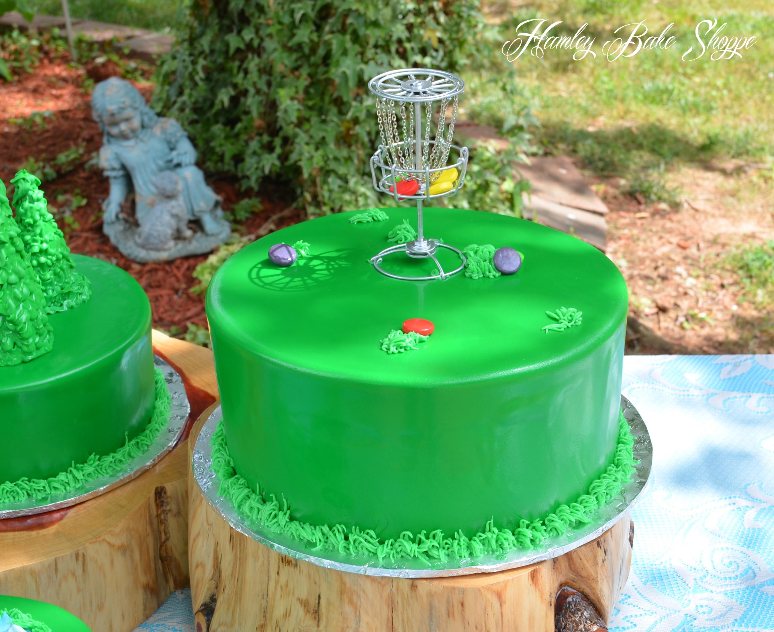 Birthday Cakes With Frisbee
