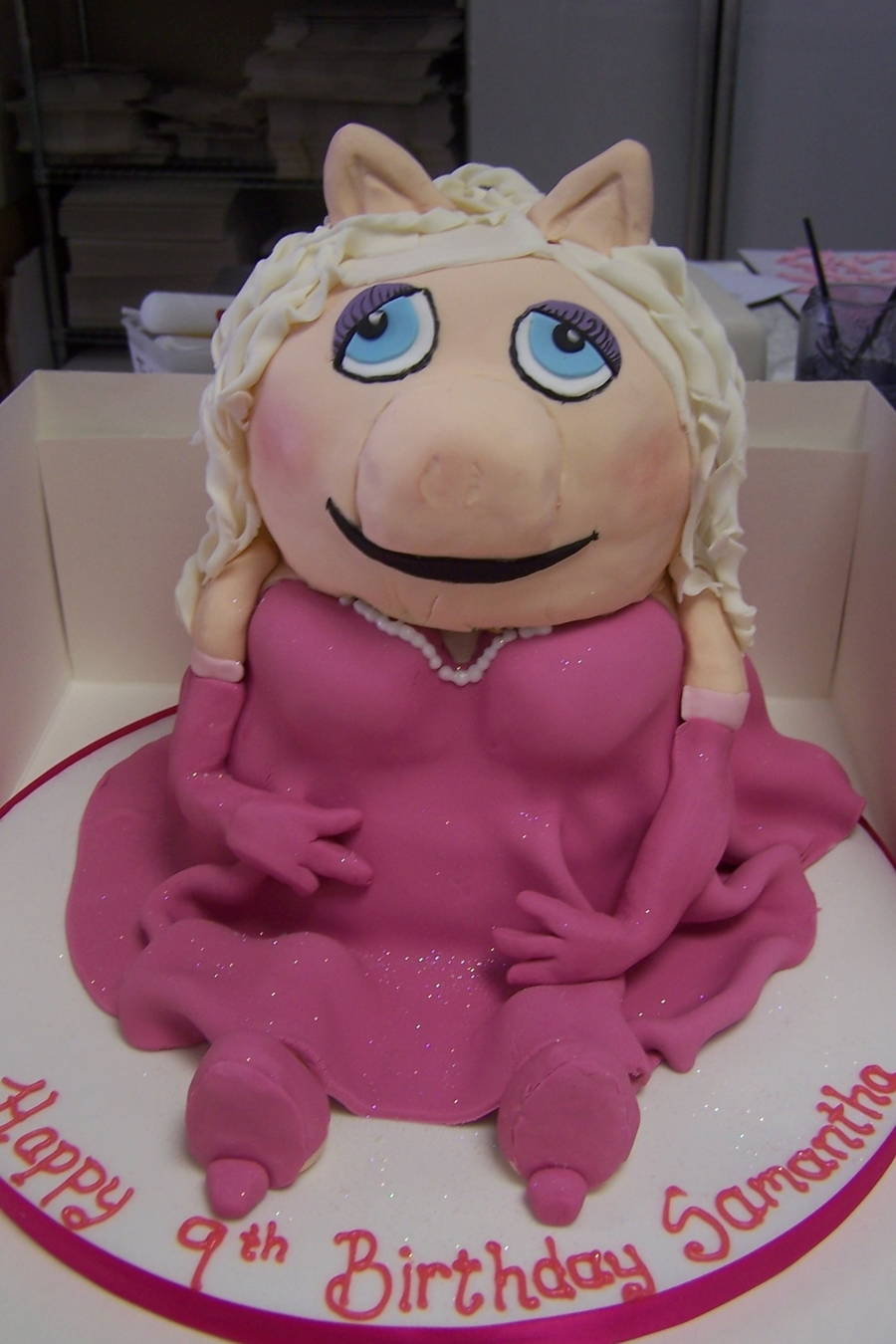 Miss Piggy Cake on Cake Central