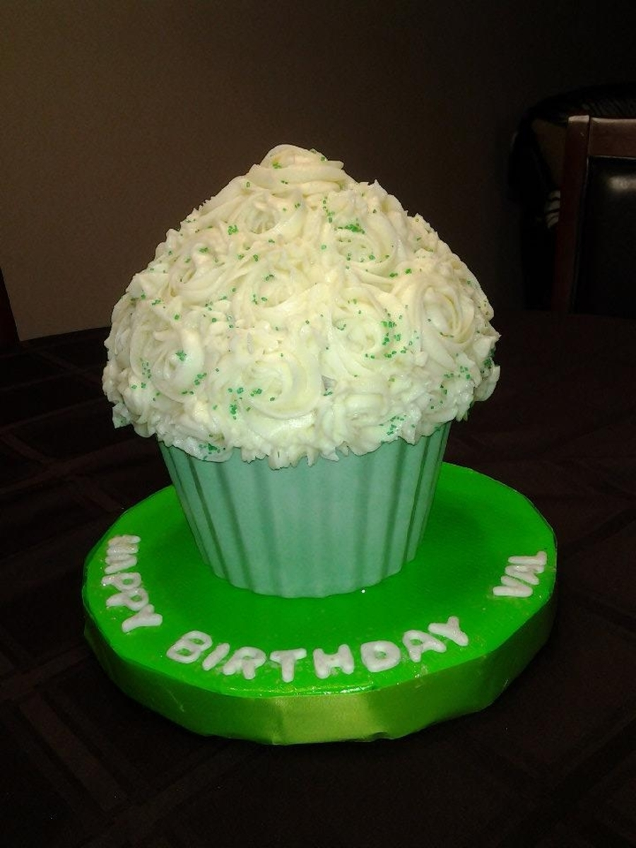 Green Giant Cupcake on Cake Central