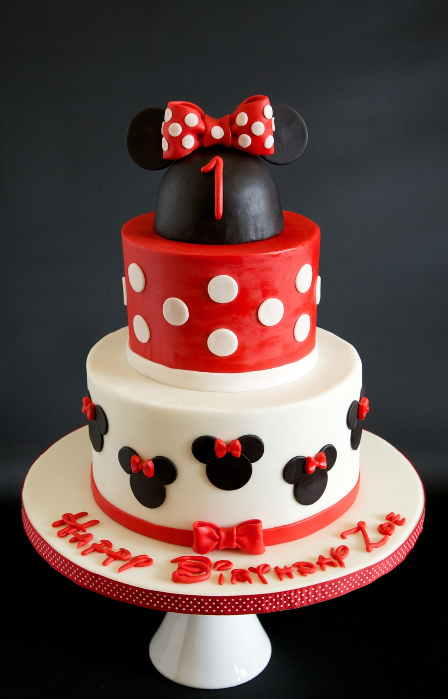 Minnie Mouse Birthday Cake With An Attempt At The Disney Font
